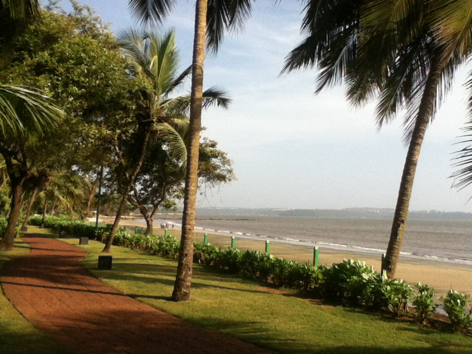 The Grand Hyatt's private beach. I never actually made it there.